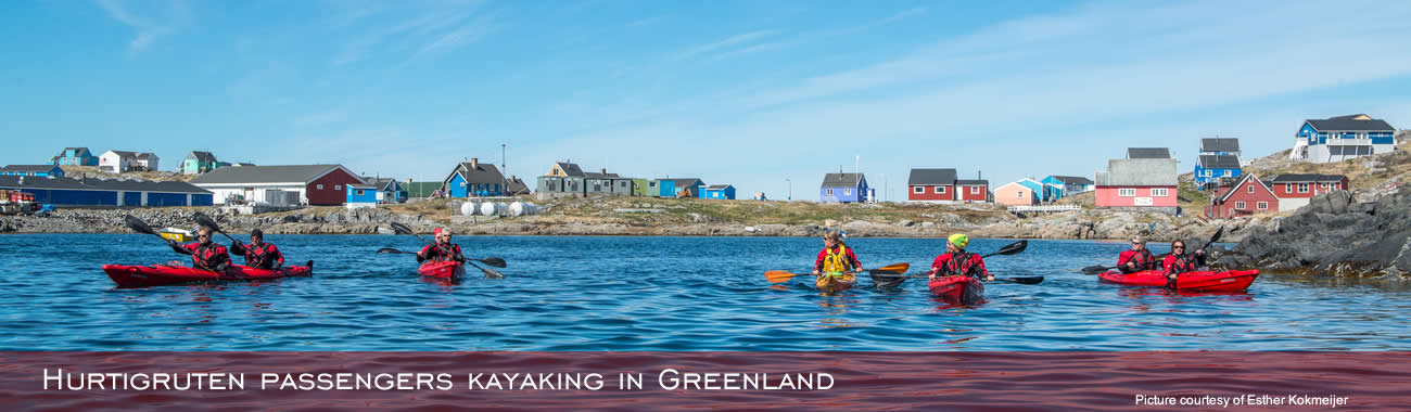 Hurtigruten passengers kayaking in Greenland