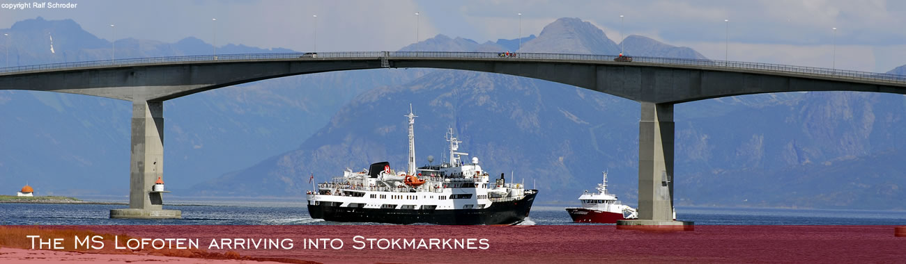 The MS Lofoten arriving into Stokmarknes