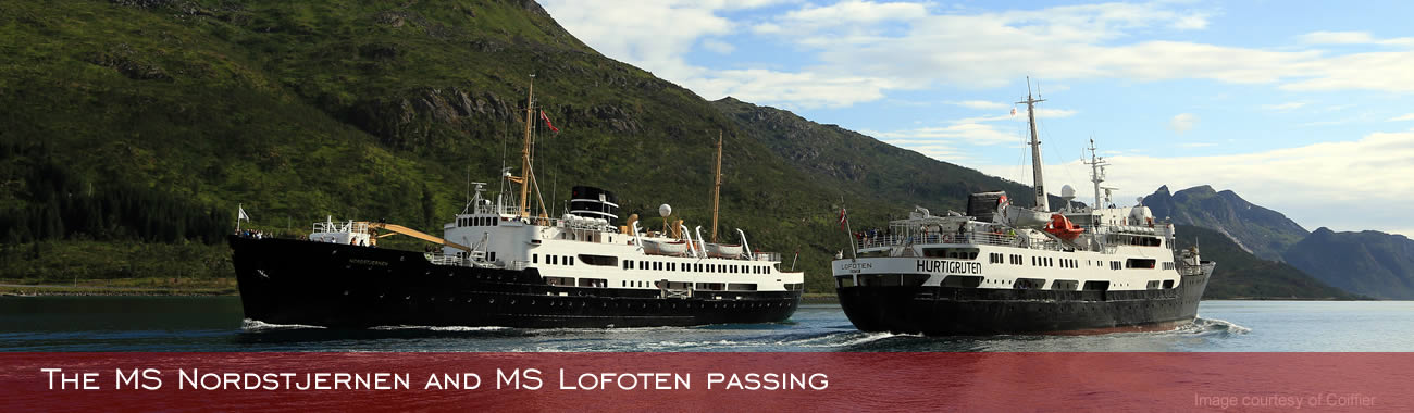The MS Nordstjernen and MS Lofoten passing